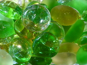 CICLES. GLASS BEADS