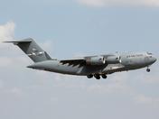 USAF C-17 Globemaster arriving at RAF Midlenhall