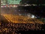 10,000 Torches have been lit at The Tower of London for Remembrance Day