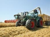 Photo Comp Wheels - Big wheels on modern tractors - Harvest 2019