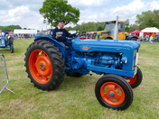 Photo comp Blue -Fordson Major - best tractor Ever made ?