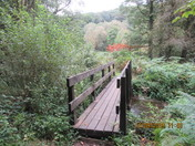 Footbridge over the stream, at Offwell Woods