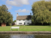 Travel - Beautiful Broads