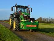 Suffolk YFC Xmas Tractor Run